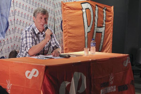 Guillermo Sullings alla presentazione del suo libro in Italia - Foto di Pressenza