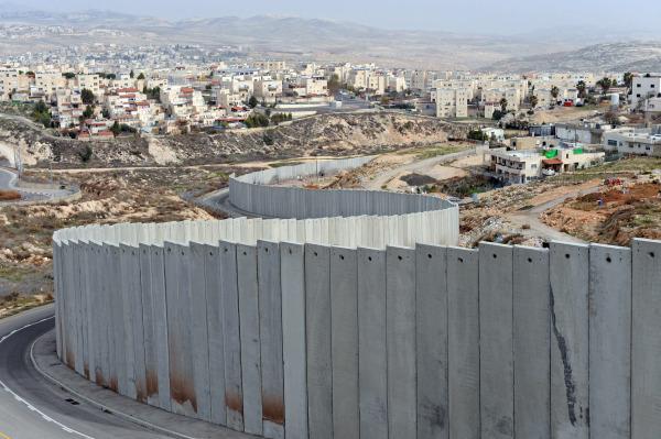 """La barriera di separazione israeliana anche detta """"il muro della vergogna"""" o """"muro dell'apartheid"""""""