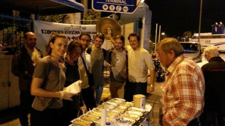 Lesvos_Refugees_Cooking_Food_08