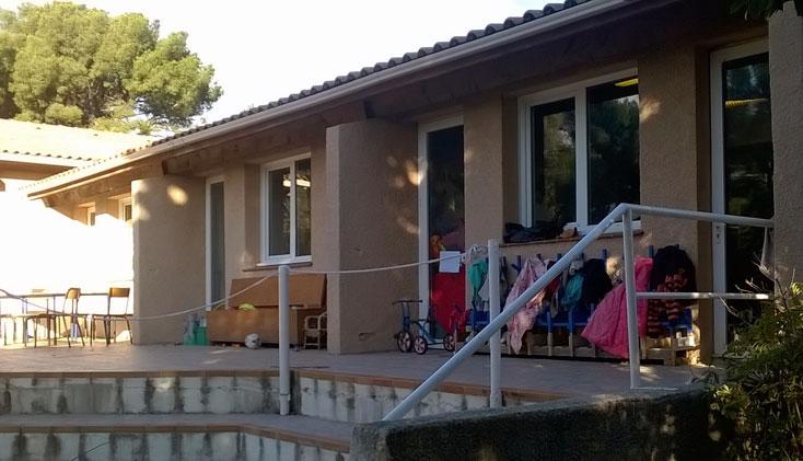 Apprendre autrement: Bricabracs, une école multi-âge à Marseille