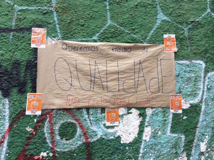 escolas-ocupadas-sao-paulo-brasil-cartaz-qualidade