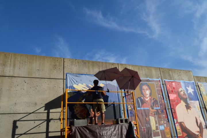 Cielo-y-mural-Francisco-Letelier-Patricio-Zamorano-750x500