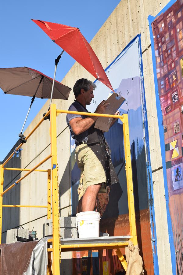 Trabajando-pintor-Francisco-letelier-Patricio-Zamorano