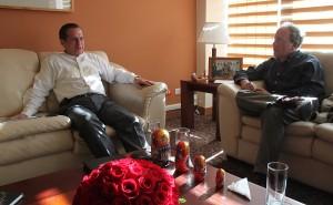 Ecuador espera retomar el diálogo con Reino Unido sobre Assange