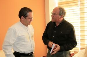 Integración, Assange y desarme: algunos temas en el diálogo entre el Canciller ecuatoriano Ricardo Patiño y Tomás Hirsch