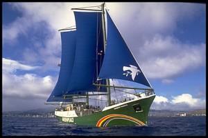La Rainbow Warrior in azione per la pesca sostenibile