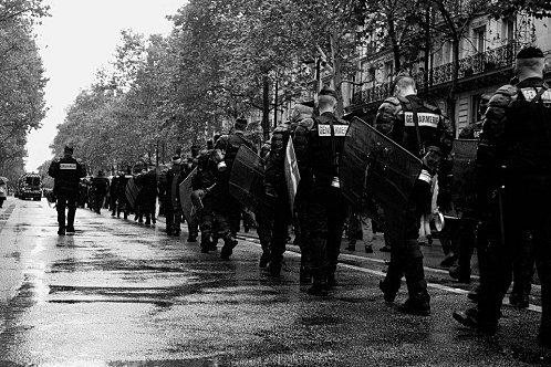 #13O à Paris «Je m'en fous que l'ordre soit illégal, maintenant avance»