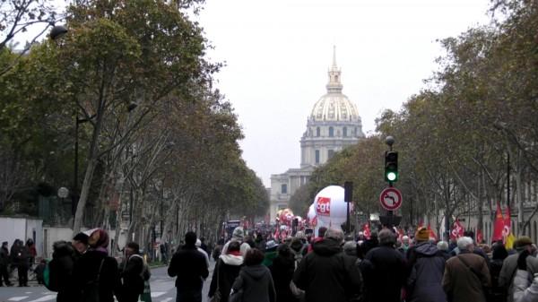Austero apoyo francés a las huelgas generales del 14N