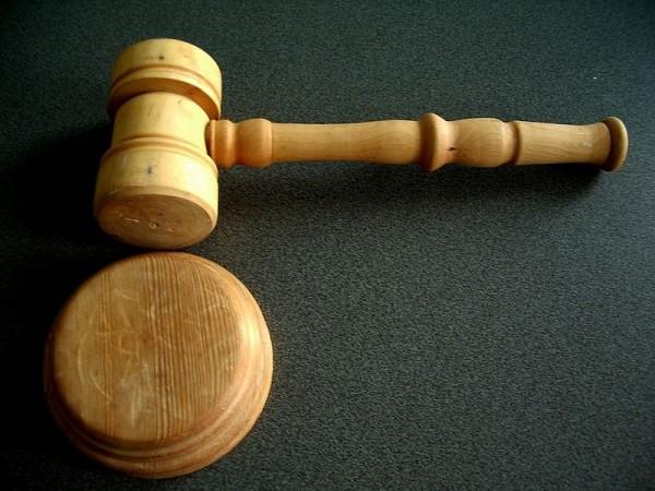 Un juez considera inaplicable la Ley de Tasas