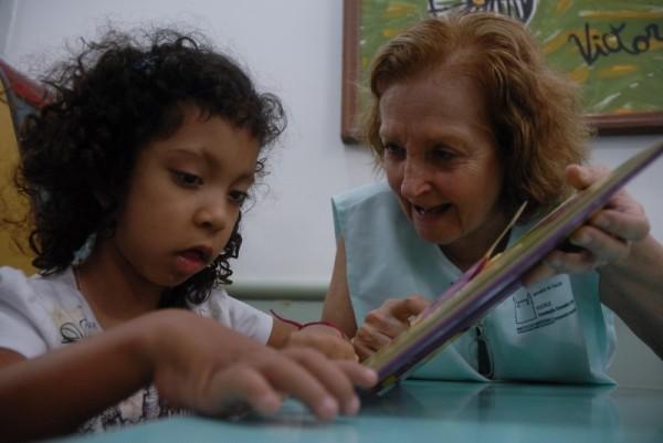 No Brasil, algumas escolas ainda recusam crianças com deficiência ou doença crônica