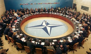 La OTAN amenaza con intervenir en Siria mientras crece la tensión en la región