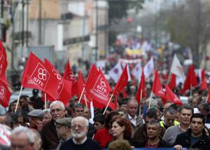 Multitudinaria marcha en Portugal exige que se vete el presupuesto de 2013