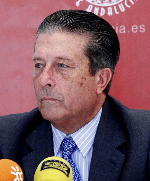 Mayor Zaragoza pide objetar la LOMCE