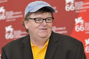 "Michael Moore's Poetic Plea to Obama: ""Dear Mr. President, Please Let Leonard Peltier Come Home"""
