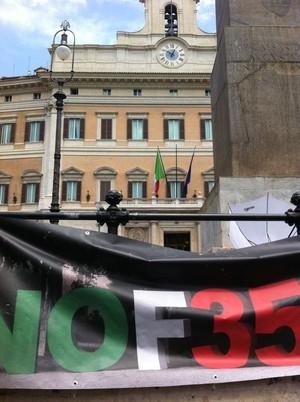 Male l'approvazione parlamentare della riforma della Difesa voluta da Di Paola