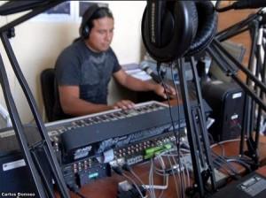 Ecuador equipa a emisoras indígenas