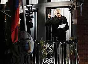 Assange annuncia la pubblicazione di nuovi documenti segreti da parte di WikiLeaks