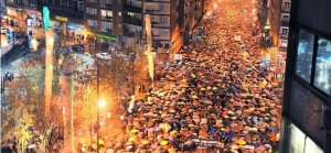 """""""A casa!"""" L'odissea dei 115 mila a Bilbao"""