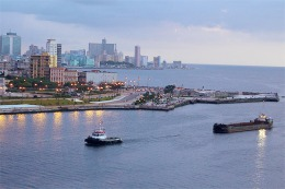 Desde mañana los cubanos podrán salir del país sin restricciones