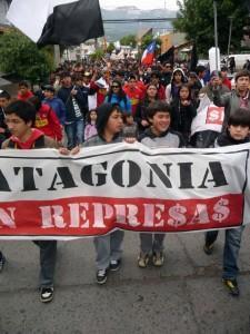 Coordinadora Anti-Represas de Aysén respalda a obispo Infanti por carta que enviara a ministros que resolverán sobre HidroAysén
