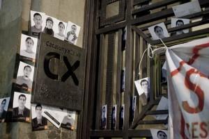 Una juez admite una querella contra Catalunya Caixa por engañar a sus clientes para apropiarse de sus ahorros