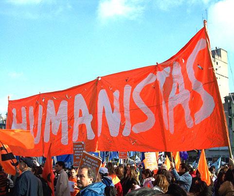 Comment donner une réponse humaniste à une crise face à tant de violence