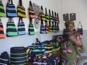 Femmes et initiatives locales de développement, ONG 'Qui dit mieux'