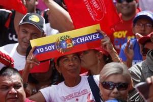 Venezuela, le jour où Miss Mundo leva le poing