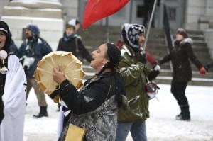 En Canadá, comunidades indígenas también marchan por sus tierras