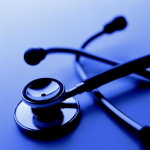 HM Hospitales comienza a vender operaciones en el Corte Inglés