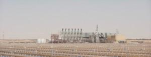 Abu Dhabi inaugura maior central de energia solar concentrada do mundo