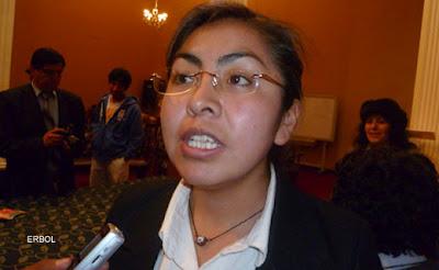 Gobierno Boliviano impulsó mayor participación de la mujer