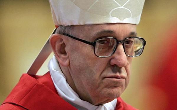 La sfida di Bergoglio: un cambiamento nella Chiesa che aiuti a bandire la discriminazione dalla società