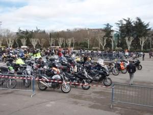 1000 Femmes, 1000 Motos, 1000 Sourires pour la paix et la non-violence