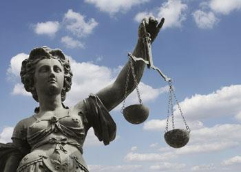 Democratizar el Poder Judicial para humanizar la Justicia