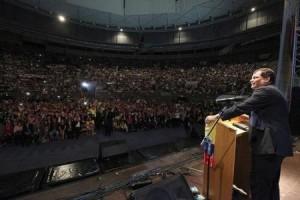 Correa critica sistema capitalista mundial durante su viaja a España