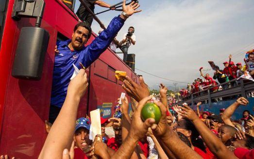 «Gouvernement dans la rue» et «Révolutions dans la révolution» : Nicolas Maduro commence à gouverner