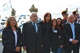 """Cristina Fernández: """"A la historia pasan los que se la juegan por los otros"""""""
