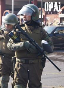 """Chile: Estudiantes marcharán """"tuertos"""" contra la violencia de Carabineros y los balines de pintura"""