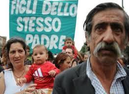 Le associazioni Rom e Sinti denunciano Mario Borghezio per istigazione all'odio razziale