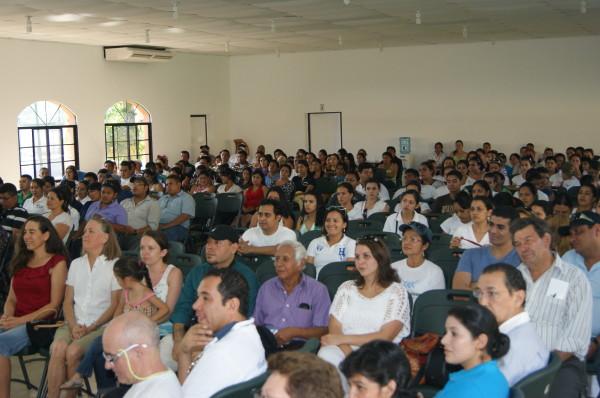 Honduras: incontri per la pace