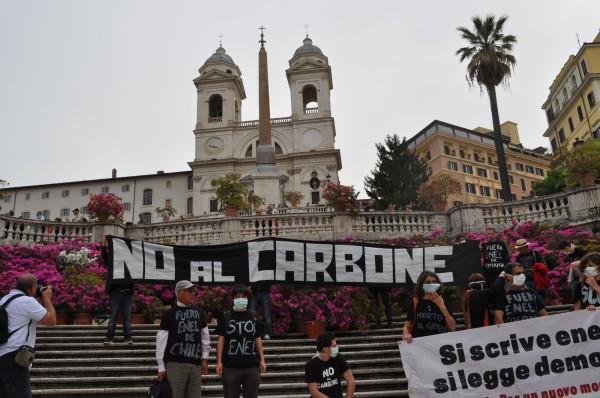 Greenpeace: i ministri dell'energia UE  privilegiano le fonti fossili