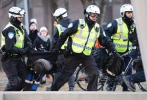 La polizia canadese arresta 280 manifestanti a Montreal