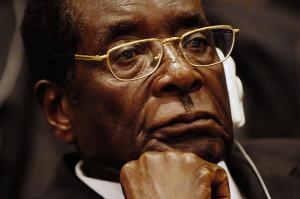 Mugabe sanciona nova Constituição do Zimbabwe