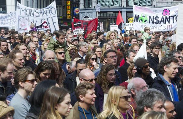 Miles de personas protestaron contra Monsanto en 52 países
