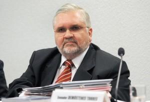 Gurgel: manifestações influenciaram adiamento da votação da PEC 37