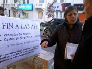 Campaña por el fin de las AFP en Chile
