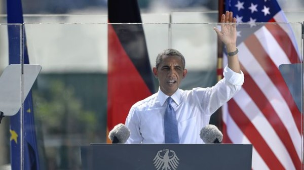 Obama calls for reduction of Russian nukes