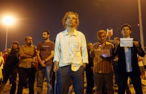 The silent protest of the standing men in Taksim Square