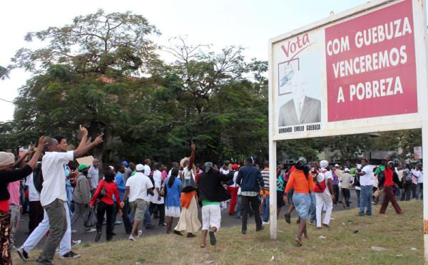 greve-medicos-mocambique-02-web